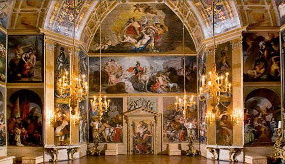 Voor de Huygens-tentoonstelling wordt een replica gemaakt van de Oranjezaal in Huis ten Bosch