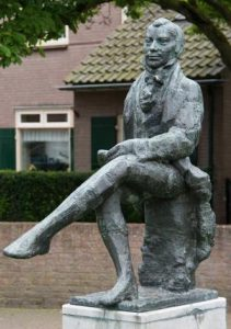 Staring standbeeld